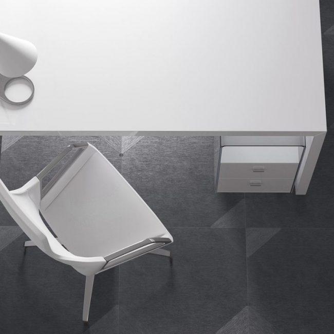carrelage-sol-interieur-noir-mat