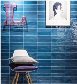 Salle de bain faïence bleu à Clapiers, Les Carrelages de la Tour