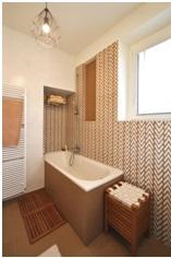 Salle de bain carrelage sol et mur a Juvignac par Les Carrelages de la Tour