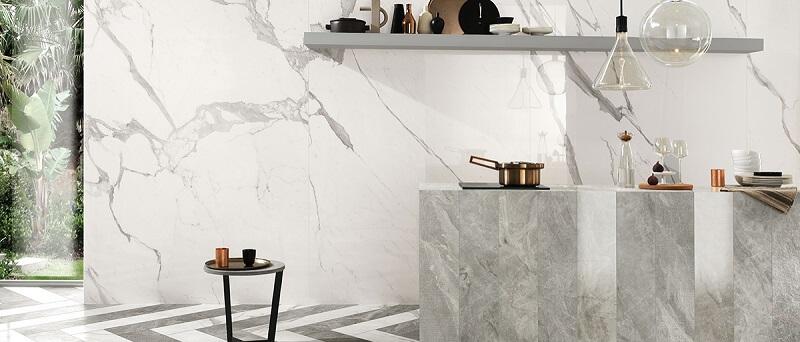 cuisine en carrelage effet marbre blanc