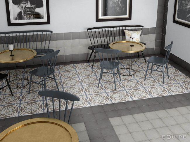 carrelage aspect carreaux ciment sur le sol d'une cuisine à Pezenas