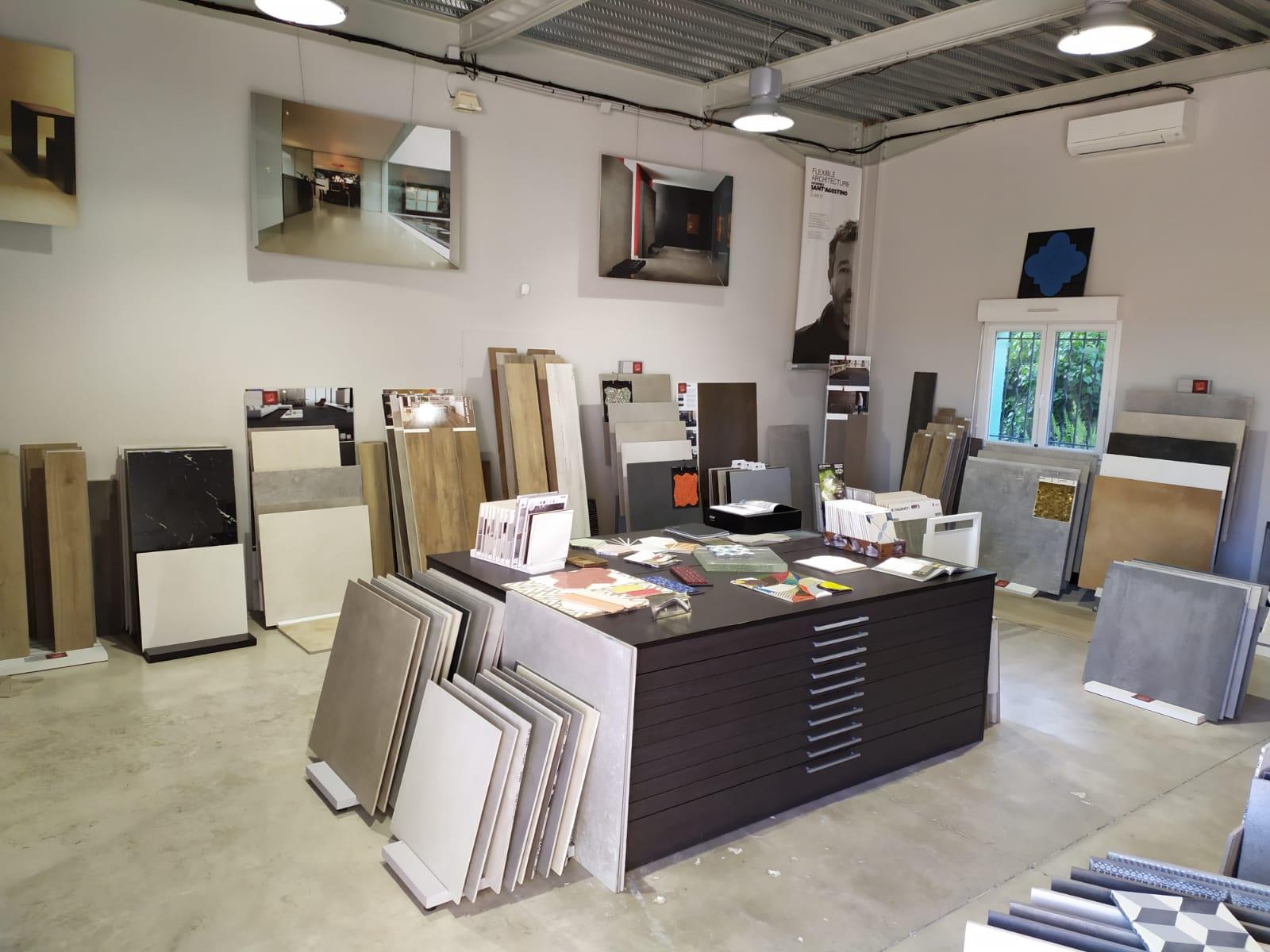 showroom Les Carrelages Saint-Aunès