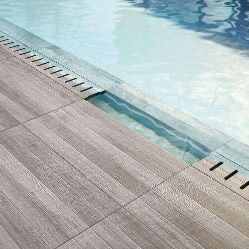 carrelage piscine effet bois a saint gely du fesc