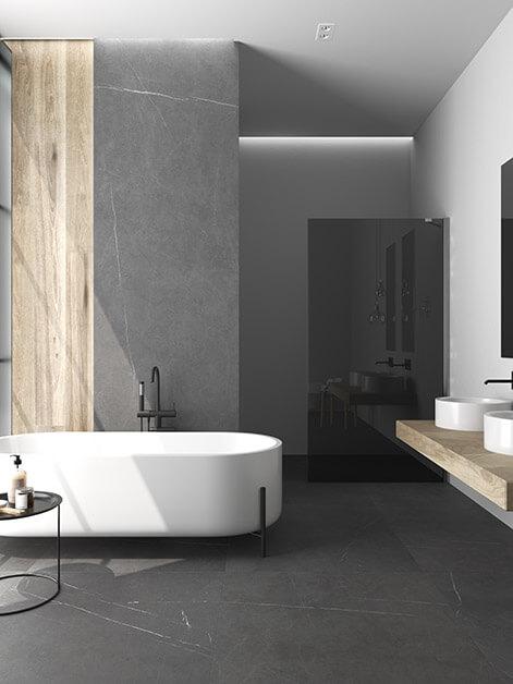carrelage effet pierre veinée dans une salle de bain
