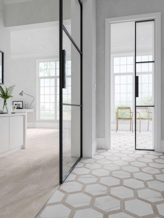 carrelage effet bois effet marbre hexagonal décoration aménagement entrée mix matières tendance verrière salon séjour rénovation maison Castelnau le lez