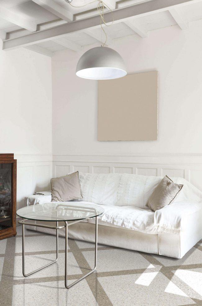 carrelage effet pierre grise beige granito terrazzo calepinage aménagement salon séjour naturel décoration rénovation maison le Crès