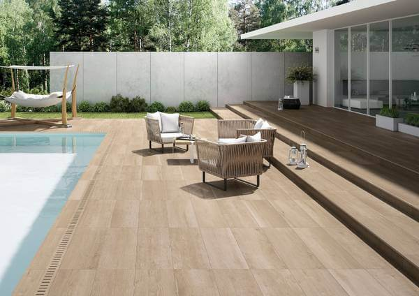 carrelage sur plots effet bois exterieur antiderapant piscine a laverune construction