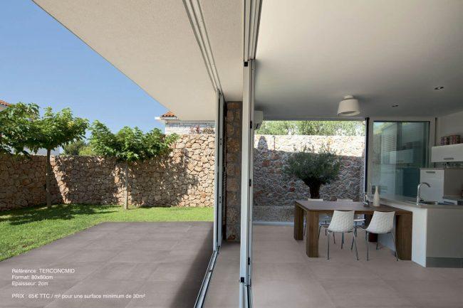 carrelage-sur-plots-exterieur-interieucuisine effet beton grand format construction teyran