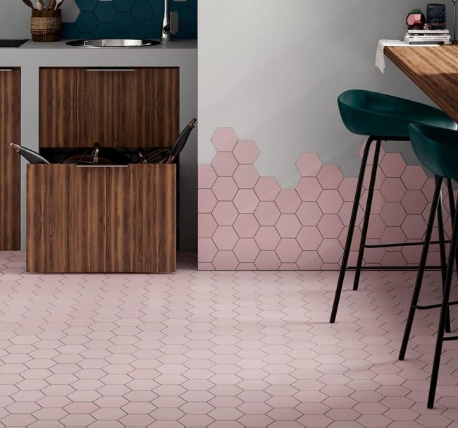 carrelage tomette hexagonal rose sol mur décoration aménagement cuisine salle a manger rénovation maison saint martin de londres