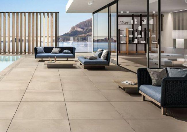 dalle sur plot grand format effet beton piscine renovation a montpellier