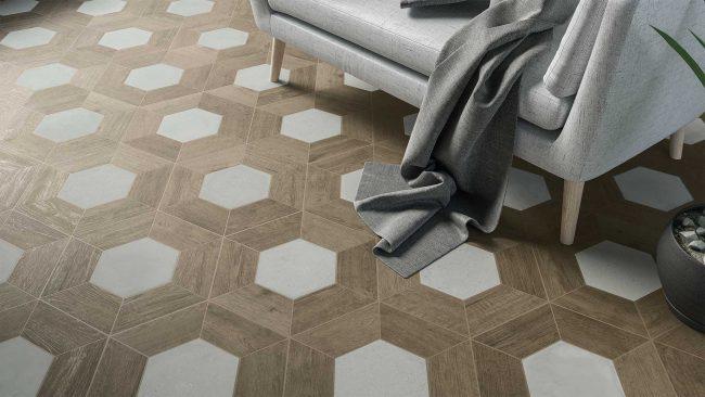 calepinage sol d'un salon séjour effet parquet bois de chêne naturel motif hexagonal pour un style original et authentique dans une maison individuelle de Lavérune