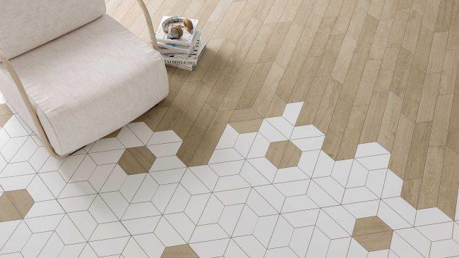 calepinage tendance carrelage hexagonal blanc et trapèze effet parquet bois de chêne naturel dans un salon séjour tendance d un appartement de Poussan