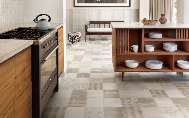carrelage effet carreaux de ciment dans une cuisine pour un style authentique vintage dans un appartement neuf de Pignan