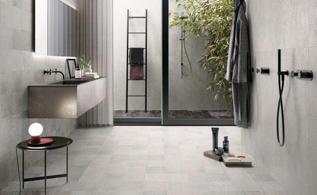 carrelage mur et sol effet carreaux de ciment béton pour une ambiance naturelle et moderne dans une maison moderne de Valergues