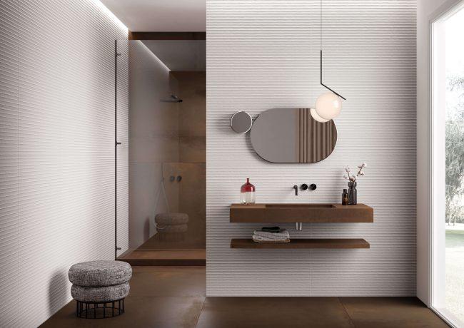 carrelage de la tour aménagement de salle de bain dans une appartement rénové de Castelnau le lez ambiance industrielle plan de vasque grès cérame
