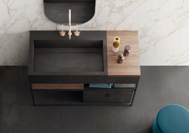 meuble salle de bain design noir industriel bois métal tendance style dans une villa de Montpellier