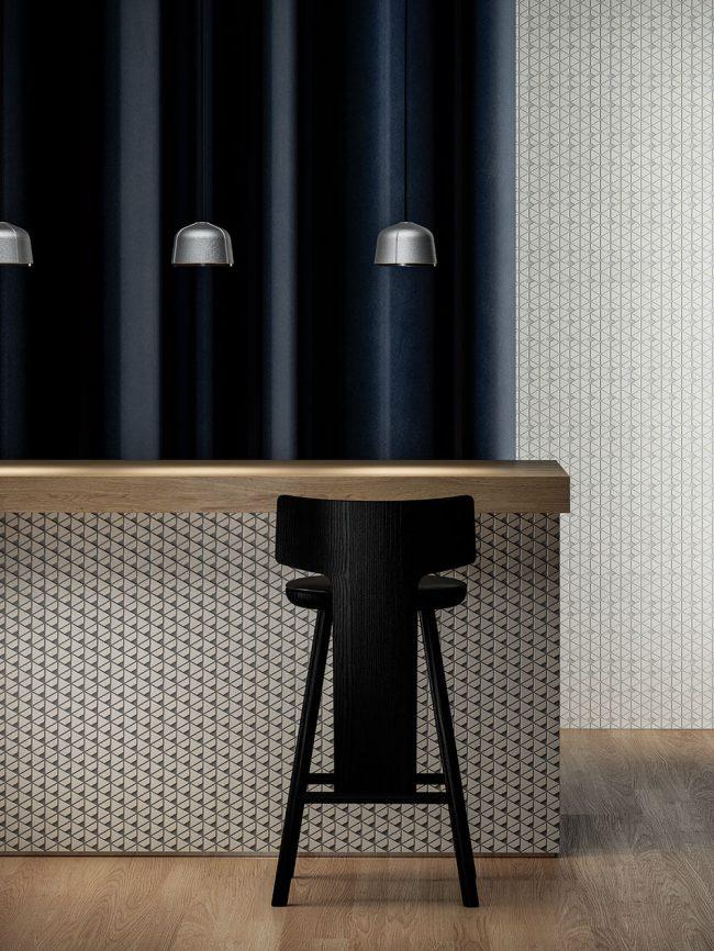 decoration avec une mosaique dans une cuisine derriere un bar pour un style